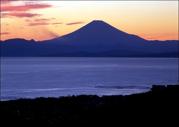 葉山夕暮れ富士山